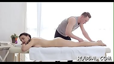 Dude performs pussy-licking and receives blow job