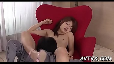 Hunk fingers oriental babe&#039_s hairy cum-hole until it&#039_s full of wetness