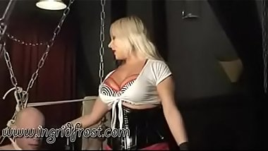 BALLBUSTING  !  KICKING  MALE  BALLS !
