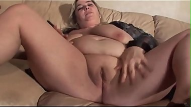Mature whore on a young cock creampie tape 2