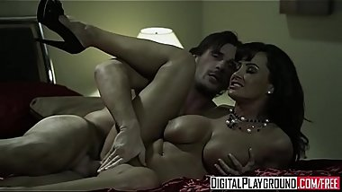 Dirty milf (Lisa Ann) gets hers - Digital Playground