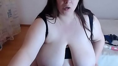 Fat Wet Whore Masturbate On Web