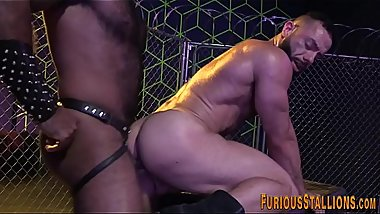 Muscled black guy spermed