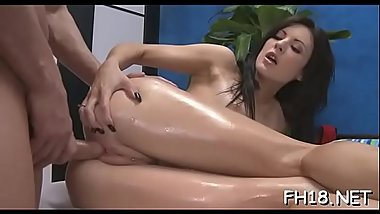 Teen sucks and bonks her masseur