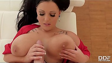 Busty bombshell Themis Thunder&rsquo_s big tits fucked hard until she screams