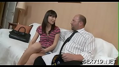 Pulling down teacher'_s panties for a vigorously orall-service