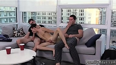 Videos gratis porn gay boys Is it possible to be in love with a