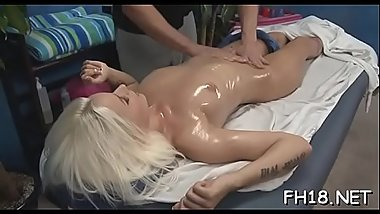Hottie undresses and then plays with her tireless sex-toy