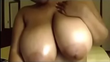 Huge breasts cute face 2 - http://bit.ly/Pd77E25