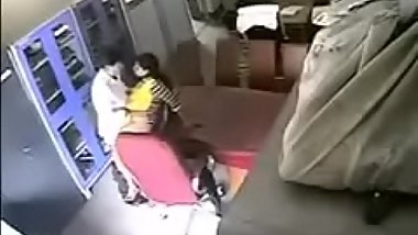 hidden cam captures cheats 2..http://bit.do/LiveCam9