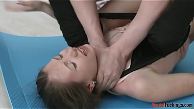 Tiny stepsis facialized after rough pounding