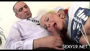Old teacher'_s shaft gets a lusty licking from nasty playgirl
