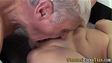 Teen mouth jizzed by perv