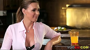 VODEU - My daughter'_s friend - Tanya Tate, Marina Angel